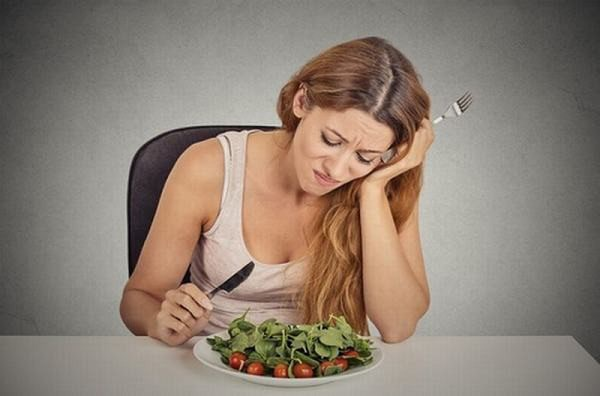 Người bệnh cảm thấy chán ăn