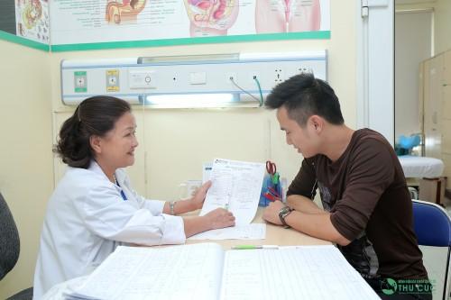 Hãy thăm khám bác sĩ chuyên khoa để nắm bắt nguyên nhân và tình trạng tinh trùng yếu của bạn, đừng tùy tiện áp dụng những bài thuốc chưa được chứng minh