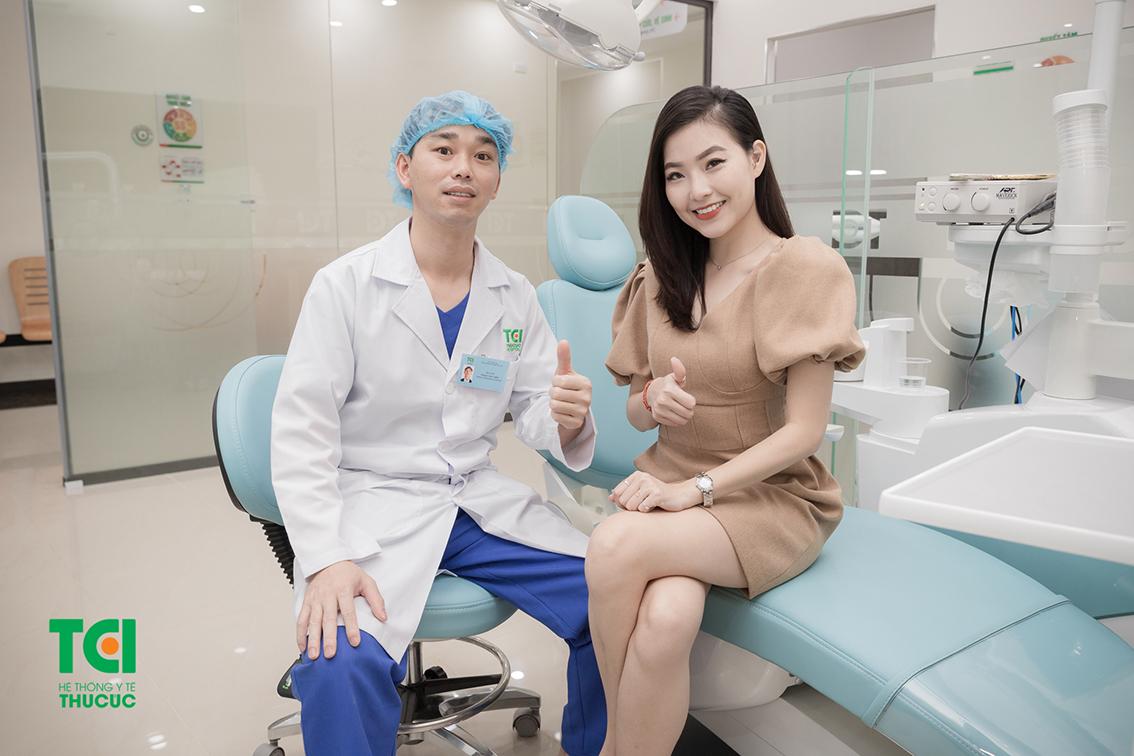 Chăm sóc răng miệng định kỳ giúp giảm khả năng mắc các bệnh lý răng miệng, trong đó có viêm nướu