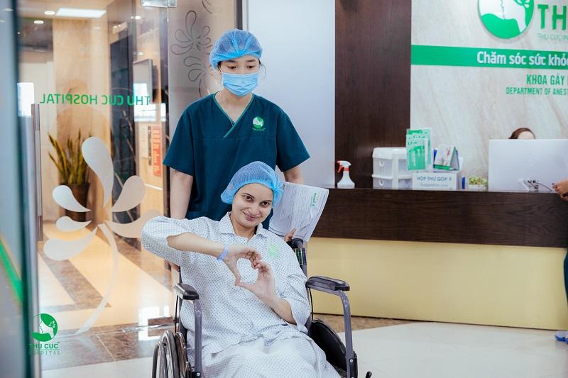 Mẹ bầu Niti Sigh sẵn sàng cho ca vượt cạn, dù vỡ ối sớm