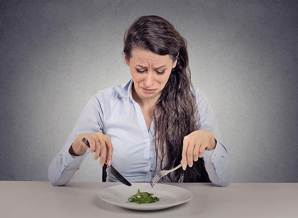 Chán ăn là triệu chứng ung thư đại tràng