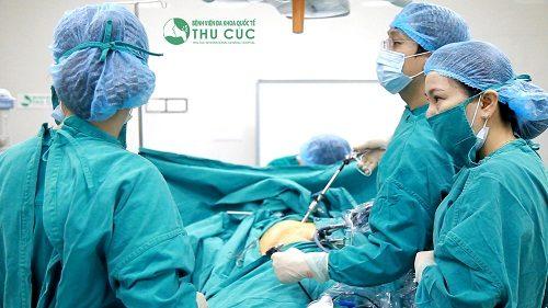 Bệnh nhân sa ruột được điều trị phẫu thuật nội soi