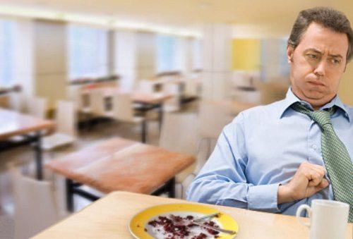 Ăn không tiêu nên uống thuốc gì là thắc mắc chung của nhiều người bệnh