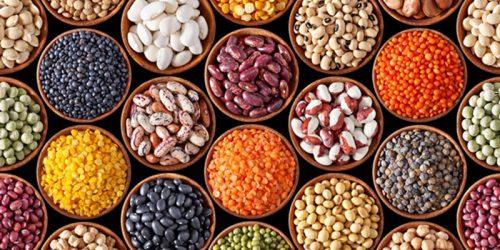 Chất xơ có nhiều trong rau xanh, các loại đậu, gạo lức, mè đen, bột mì... Chất xơ giúp thức ăn dễ được tiêu hóa, không làm ảnh hưởng đến vết mổ.