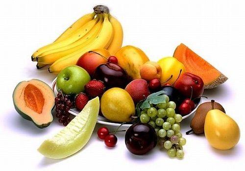 Ngoài khoai lang, khi bị đau dạ dày, người bệnh có thể ăn thêm nhiều thực phẩm khác như chuối, bí ngô, dưa...