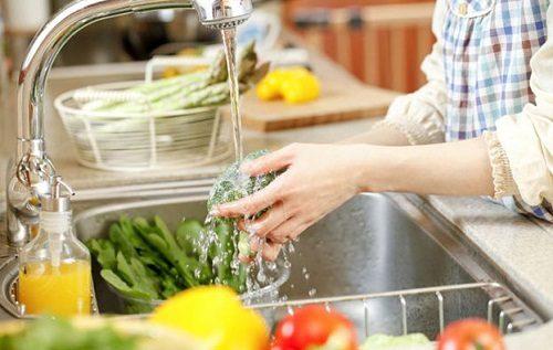 Để phòng tránh lỵ amip, người bệnh cần chú ý vấn đề vệ sinh an toàn thực phẩm, ăn chín, uống sôi để không bị nhiễm khuẩn