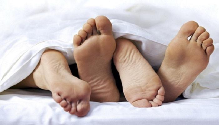 Quan hệ tình dục không an toàn sẽ khiến bệnh ngày càng nặng hơn