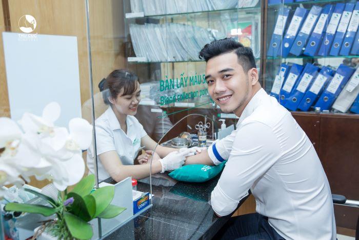 Người bệnh nên đến các cơ sở y tế để được thăm khám và điều trị nếu có dấu hiệu của viêm quai bị