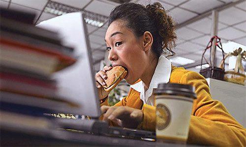Chế độ ăn không khoa học làm tăng nguy cơ mắc các bệnh ở đường tiêu hóa, trong đó có ung thư dạ dày