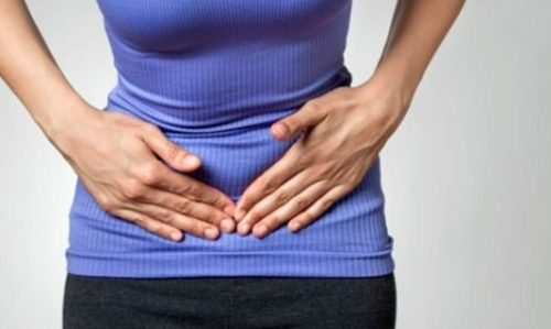 Đặc điểm chính của bệnh viêm đại tràng mạn tính là gây ra hiện tượng viêm, loét và rối loạn chức năng của đại tràng.