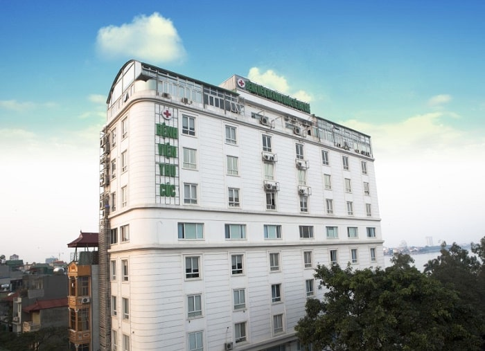 Bệnh viện ĐKQT Thu Cúc tọa lạc tại tòa nhà khang trang số 286 Thụy Khuê, Tây Hồ