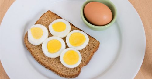 Trứng là thực phẩm có nhiều giá trị dinh dưỡng và tốt cho người bệnh đau dạ dày.