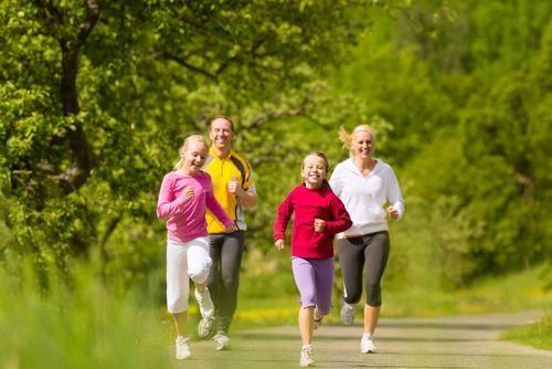 Vận động đúng cách hàng ngày cũng là cách giúp phòng ngừa bệnh trĩ