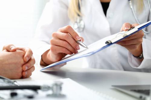 Người bệnh cần thăm khám để tìm ra nguyên nhân gây bệnh và có các biện pháp điều trị hiệu quả nhất.