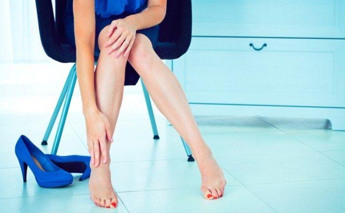 Làm gì khi bị trẹo chân?