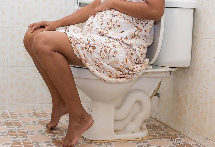 Có nhiều nguyên nhân khiến mẹ bầu bị trĩ trong thai kỳ.