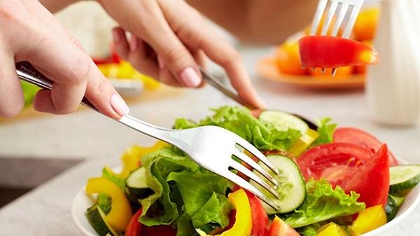 Tuân thủ theo phác đồ điều trị của bác sĩ và áp dụng chế độ ăn uống khoa học sẽ giúp cải thiện sớm bệnh