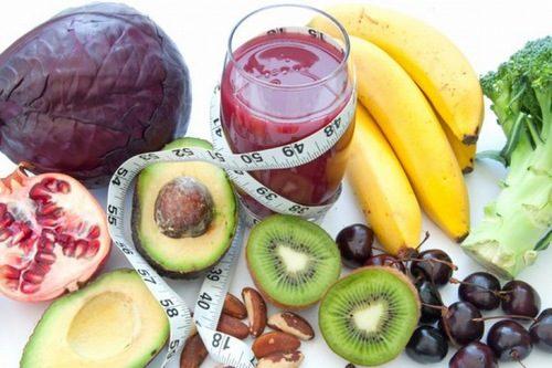 Để cải thiện tình trạng đau dạ dày, người bệnh cần chú ý tới chế độ ăn uống và sinh hoạt khoa học