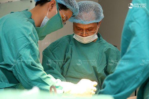 Phẫu thuật là phương pháp thường được chỉ định trong điều trị ung thư dạ dày giai đoạn đầu