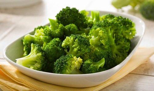 Súp lơ ngăn chặn sự phát triển của vi khuẩn HP trong dạ dày, cải thiện tình trạng đau dạ dày.