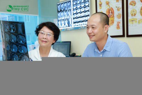 Người bệnh cần đi khám và tuân thủ theo phác đồ điều trị của bác sĩ
