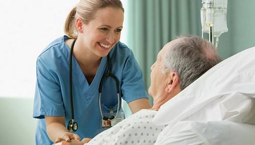 Trong quá trình điều trị ung thư thực quản, người bệnh cần được chăm sóc đặc biệt