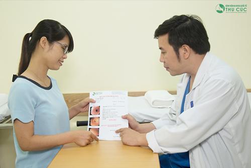 Sau nội soi dạ dày, người bệnh được tư vấn điều trị trực tiếp với bác sĩ giỏi tại bệnh viện Thu Cúc