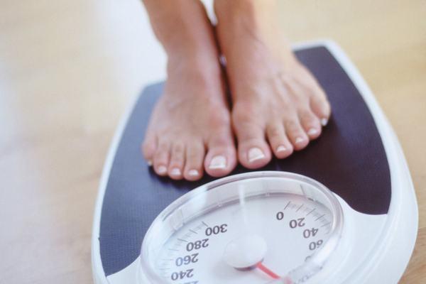 Kiểm soát tốt cân nặng giúp phòng thoái hóa khớp hiệu quả