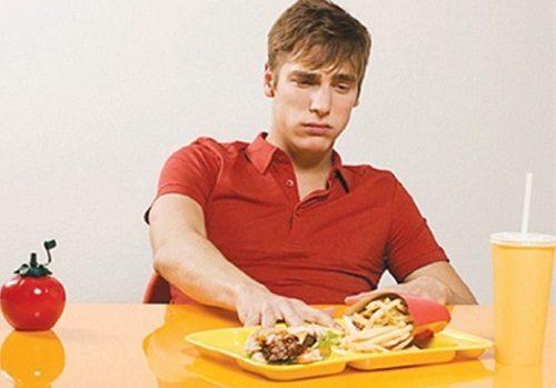 Chán ăn, đầy bụng kèm theo nhức đầu là bệnh gì
