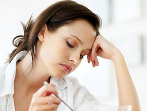 Đầy hơi, khó tiêu khến người bệnh chán ăn, mất cảm giác ngon miệng.