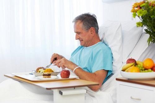 Tăng cường các thực phẩm giàu dinh dưỡng, giàu vitamin giúp cơ thể khỏe mạnh, mau lành bệnh