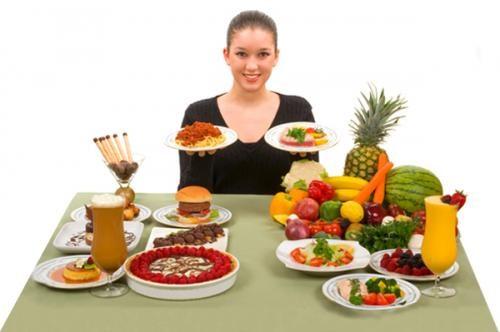 Người bệnh đau dạ dày cần có chế độ ăn hợp lý.