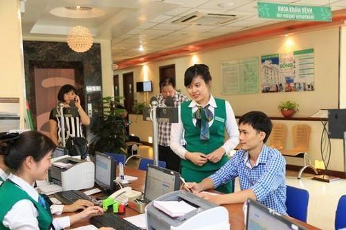 Khi đến khám, người bệnh sẽ được hướng dẫn tận tình bởi đội ngũ nhân viên y tế