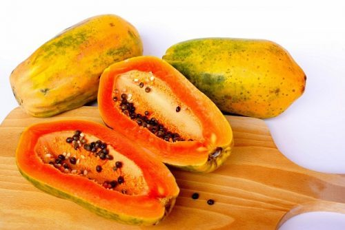 Đu đủ là loại trái cây quen thuộc và ngon miệng, song nó còn là một