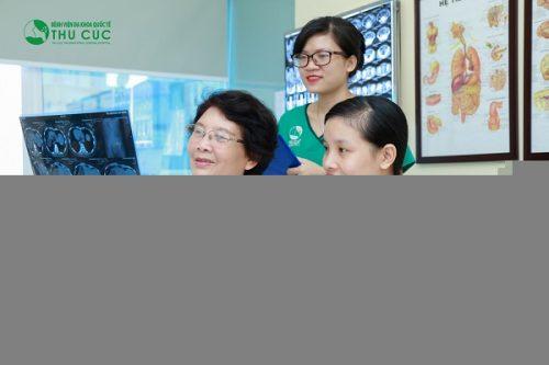 Người bệnh cần đi khám để bác sĩ chỉ định các xét nghiệm cần thiết nhằm chẩn đoán chính xác tình trạng sức khỏe