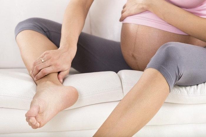 Chuột rút khi mang thai là hiện tượng khá phổ biến