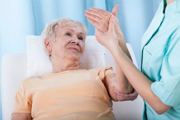 cơ chế loãng xương ở người cao tuổi