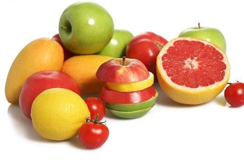 Người bệnh đau bao tử cần tránh những thực phẩm chua như cam, chanh...