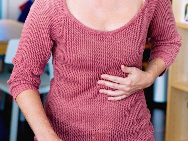 đau bụng trên bên trái
