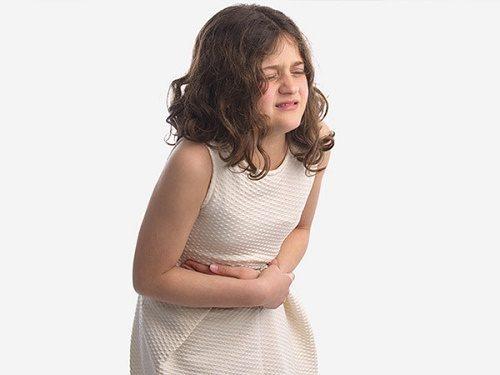 Có nhiều nguyên nhân gây đau bụng quanh rốn ở trẻ nhỏ