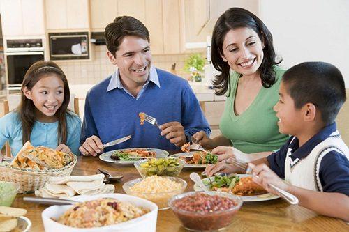 Thay đổi chế độ ăn uốngsẽ giúp ngăn ngừa nguy cơ mắc ung thư trực tràng