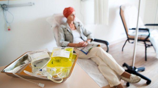 Hóa trị là một trong những phương pháp có thể được chỉ định ở giai đoạn này
