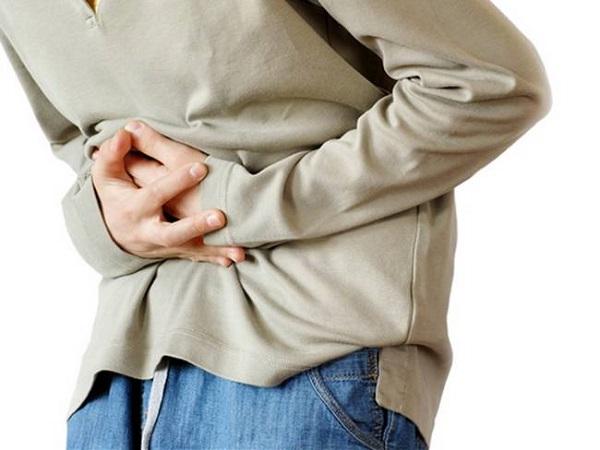 Đau bụng thượng vị là một trong những triệu chứng thường gặp ở bệnh nhân ung thư tuyến tụy