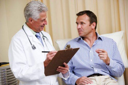 Đau Lưng đi tiểu nhiều lần là bệnh gì? Cần phải làm gì?