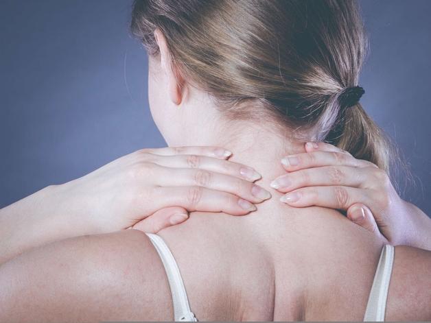 Đau nửa đầu đau mỏi vai gáy có những triệu chứng gì