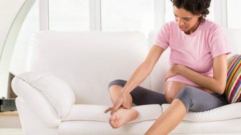 Đau xương chậu khi mang thai 3 tháng giữa