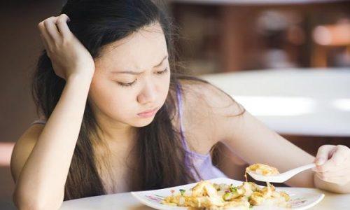 Đầy bụng chán ăn khi mang thai khi mang bầu là hiện tượng thường gặp