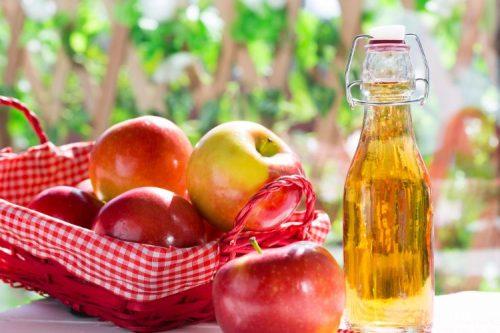 Giấm rượu táo có tác dụng giảm triệu chứng đầy bụng khó tiêu