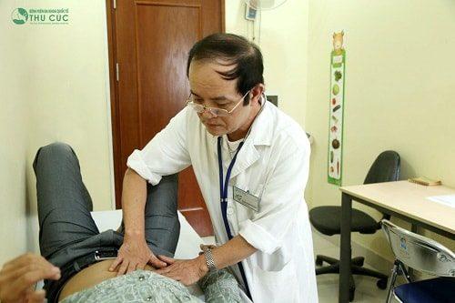 Khi có triêu chứng đau quặn bụng cần đi khám bác sĩ chuyên khoa tiêu hóa để được thăm khám và làm các xét nghiệm xác định nguyên nhân gây bệnh