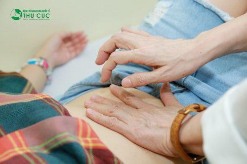 Ngay khi gặp phải những bất thường trong tiêu hóa hoặc các biểu hiện nghi ngờ bị viêm đại tràng người bệnh cần đi khám bác sĩ chuyên khoa tiêu hóa để được chẩn đoán sớm